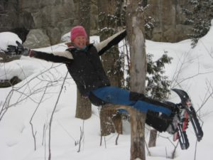 snowshoe-tree-climbing